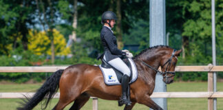 Iris Sloof met Turfhorst Lets be Better